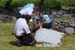 Reuters: Gần như chắc chắn mảnh vỡ tìm thấy ở Pháp thuộc về MH370