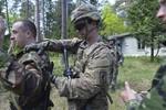 Mỹ cung cấp vũ khí sát thương cho Ukraine để hút Nga ra khỏi Syria