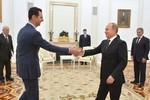 Phương Tây nói gì về chuyến thăm Moscow của ông Assad?