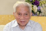 Giáo sư Hoàng Tụy: Biên soạn sách giáo khoa, không cần tiền
