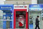 Hưởng lợi ngàn tỷ, ngân hàng vẫn kêu lỗ vì ATM