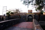 Cận cảnh lâu đài giả cổ châu Âu hoành tráng của doanh nhân Sài thành