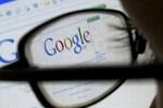"""""""Bác sĩ Google"""": Hiểm họa sức khỏe thời bùng nổ công nghệ"""