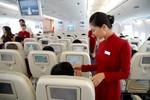 """Hàng không VN bị yêu cầu """"chấn chỉnh thái độ phục vụ khách"""""""