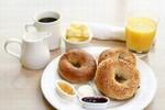 4 thói quen ăn uống sai lầm cực kỳ có hại cho sức khỏe