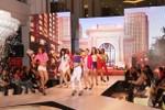Vincom Mega Mall tưng bừng đêm hội Nhật ký Công chúa tri ân khách hàng