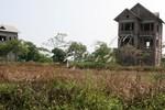 Bất động sản ở Mê Linh: Cắt lỗ bán cũng chẳng có người mua