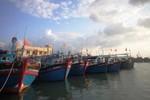 Tàu cá Quảng Ngãi bị hỏng máy, trôi dạt ở khu vực biển Hoàng Sa