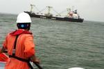 Cứu thủy thủ Trung Quốc gặp nạn trên vùng biển Quảng Ngãi