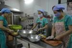 """Nhà cung ứng cũng không chắc thực phẩm chế biến """"cơm học sinh"""" là sạch"""