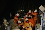 Cứu thuyền viên Philippines gặp nạn trên đường đến Trung Quốc