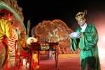 Thưởng thức yến tiệc cung đình với 'vua' giá 2 triệu đồng