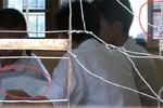 Video: Cảnh tiêu cực trong phòng thi tốt nghiệp 2013 ở Hà Nội