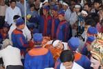 Hàng trăm người dân khóc nghẹn tiễn đưa Phó chủ tịch tỉnh Quảng Nam