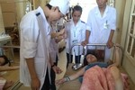 Hơn 40 khách du lịch phải nhập viện vì nghi bị ngộ độc thực phẩm