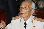 Đại tướng Võ Nguyên Giáp qua đời ở tuổi 103