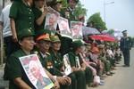 Quảng Bình: Hàng ngàn người mang di ảnh nức nở gọi tên Đại tướng