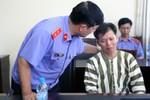 """Vụ án tù oan 10 năm của ông Chấn: Họ """"cắp ô"""" hay cắp """"lưỡi hái""""?"""