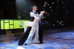 Yến Trang mang áo dài lên sân khấu Bước nhảy hoàn vũ
