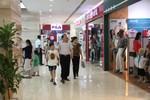 Cơ hội sở hữu hàng hiệu giảm giá đến 50% tại Vincom Center dịp 20/10