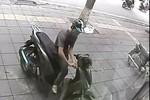 Clip: Trộm xe SH bất thành trên phố Trần Duy Hưng