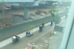 """Clip: """"Bẫy tử thần"""" trên đường ở Linh Đàm, Hà Nội"""