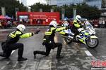 Đến lượt cảnh sát giao thông TQ phát cuồng vì Gangnam Style