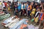 Thảm cảnh của người dân Philippines hậu bão Bopha