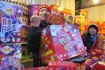 """Trung Quốc cấm dân đốt pháo hoa """"Nổ tung Tokyo"""""""