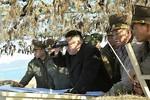 Hình ảnh Kim Jong-un ngoài tiền tuyến ngày 11/3