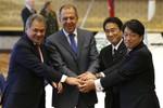 Nhật, Nga tăng cường hợp tác an ninh, cùng thận trọng với Trung Quốc