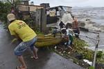 Siêu bão Haiyan tấn công Philippines, hơn 100 người đã chết