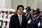 """Thủ tướng Nhật dùng chính chiêu của Tập Cận Bình """"thu phục"""" Campuchia"""