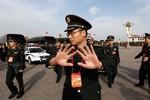 """""""Đối thủ lớn nhất của quân đội Trung Quốc là tham nhũng"""""""