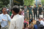 200 dân Campuchia chặn đường, bao vây doanh nghiệp Trung Quốc