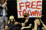 """Sinh viên Đài Loan ra """"tối hậu thư"""" phản đối thỏa thuận với Trung Quốc"""