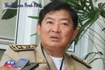 Campuchia: Bị bắt gỗ lậu, cảnh sát rút súng gí vào đầu Huyện trưởng