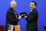 """Malaysia và Trung Quốc phản đối """"bên thứ 3"""" can thiệp vào Biển Đông?!"""