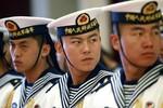 Cách buộc Trung Quốc thay đổi là ngăn họ xây hải đăng ở Hoàng Sa