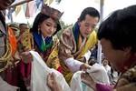 Washington Post: Trung Quốc thúc đẩy kết hôn đồng hóa Tây Tạng