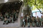 Biểu tình ở Hồng Kông: Cảnh sát chống bạo động được lệnh rút lui