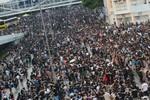 Hồng Kông: Biểu tình tiếp tục chiếm đường phố, TQ nhắc Mỹ không can dự