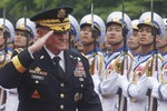 """""""Việt Nam cân bằng quan hệ với Mỹ, Trung Quốc là lựa chọn thận trọng"""""""