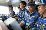 Carl Thayer: 2 kết luận từ việc Mỹ nới cấm vận vũ khí với Việt Nam