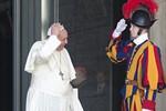 Giáo hoàng thay thế Tư lệnh Cảnh vệ Vatican vì quá cứng nhắc