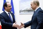Đức chạy ra, Pháp nhảy vào hòa giải Nga và phương Tây