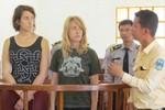 Campuchia trục xuất 2 phụ nữ Mỹ chụp ảnh khỏa thân ở di tích