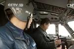 Tập Cận Bình ngồi thử máy bay ném bom thế hệ mới