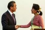 """Bắc Kinh chìa """"củ cà rốt"""" về phía bà Aung San Suu Kyi"""
