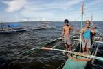Trung Quốc bớt quấy rối ngư dân Philippines ngoài Scarborough